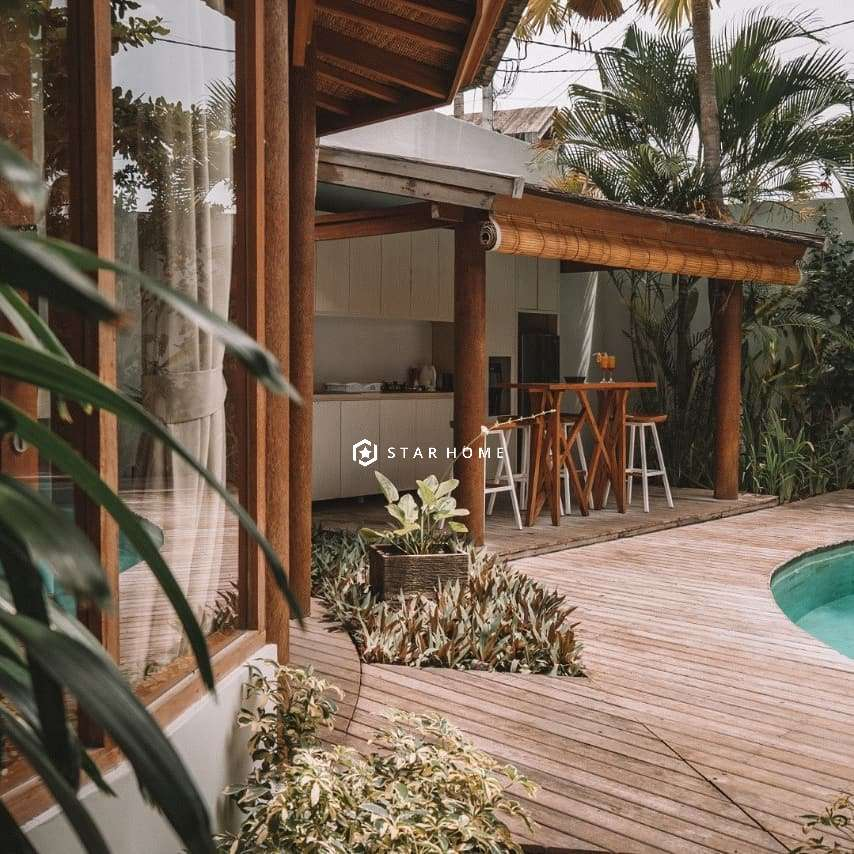 villa-dengan-design-tropical-di-canggu-2