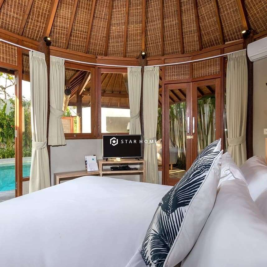 villa-dengan-design-tropical-di-canggu-4