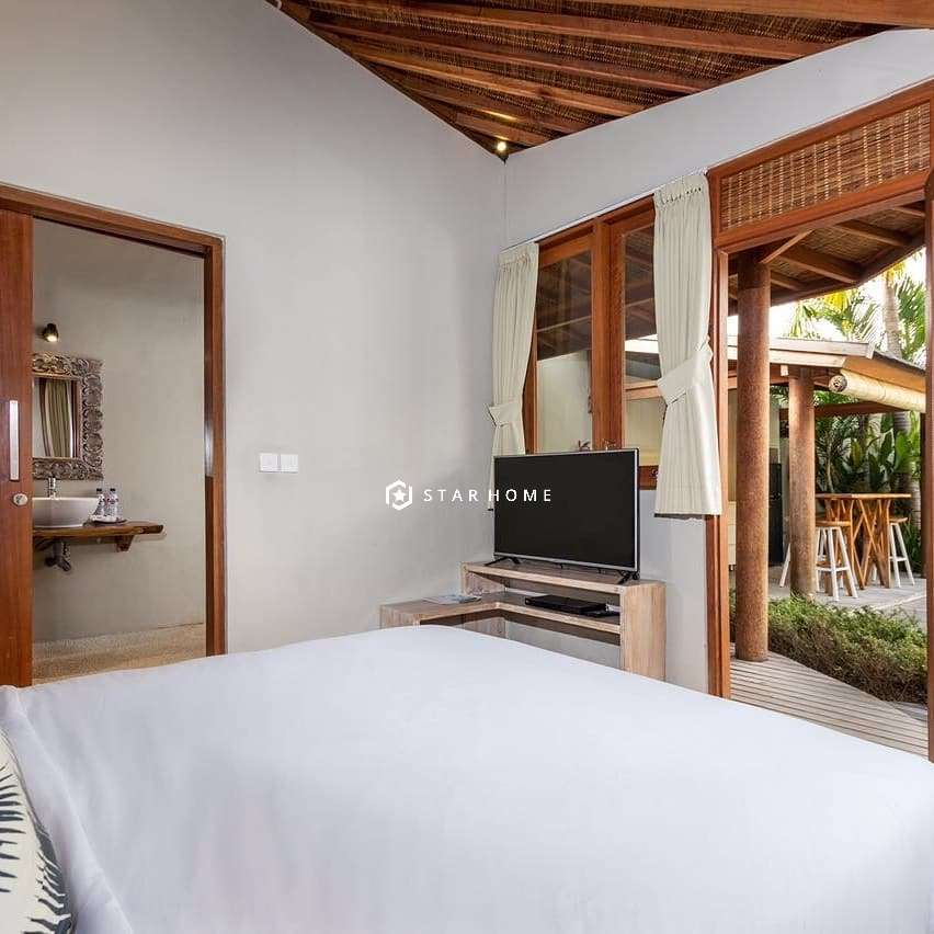 villa-dengan-design-tropical-di-canggu-5