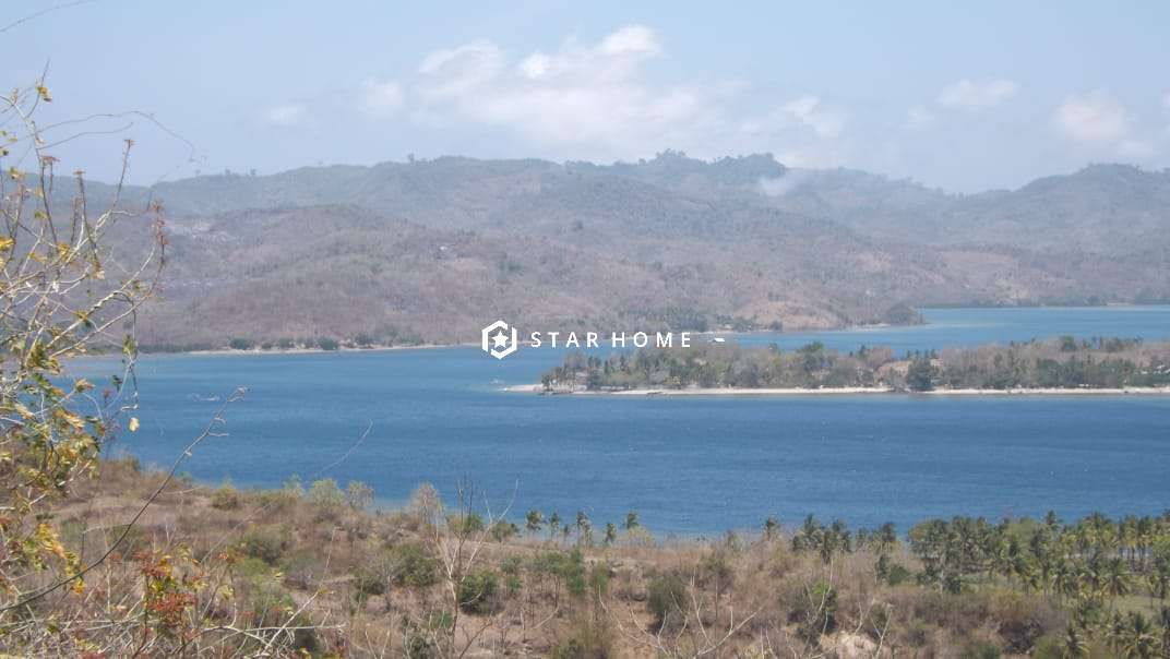 hill-sea-view-land-for-sale-sekotong-lombok-1